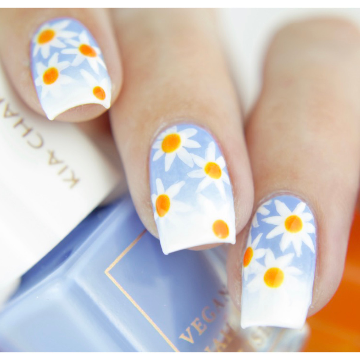 Daisy Nail Art Tutorial Vegan Beauty Blog Kia Charlotta Vegan